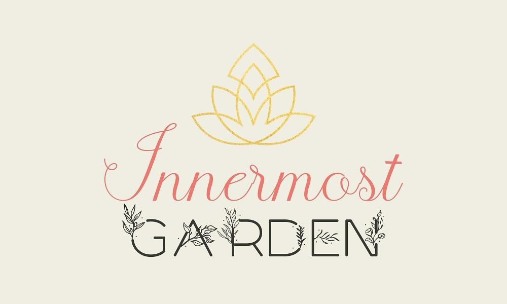 Proposition de logo Innermost Garden sur fond blanc effet papier (brandidng).