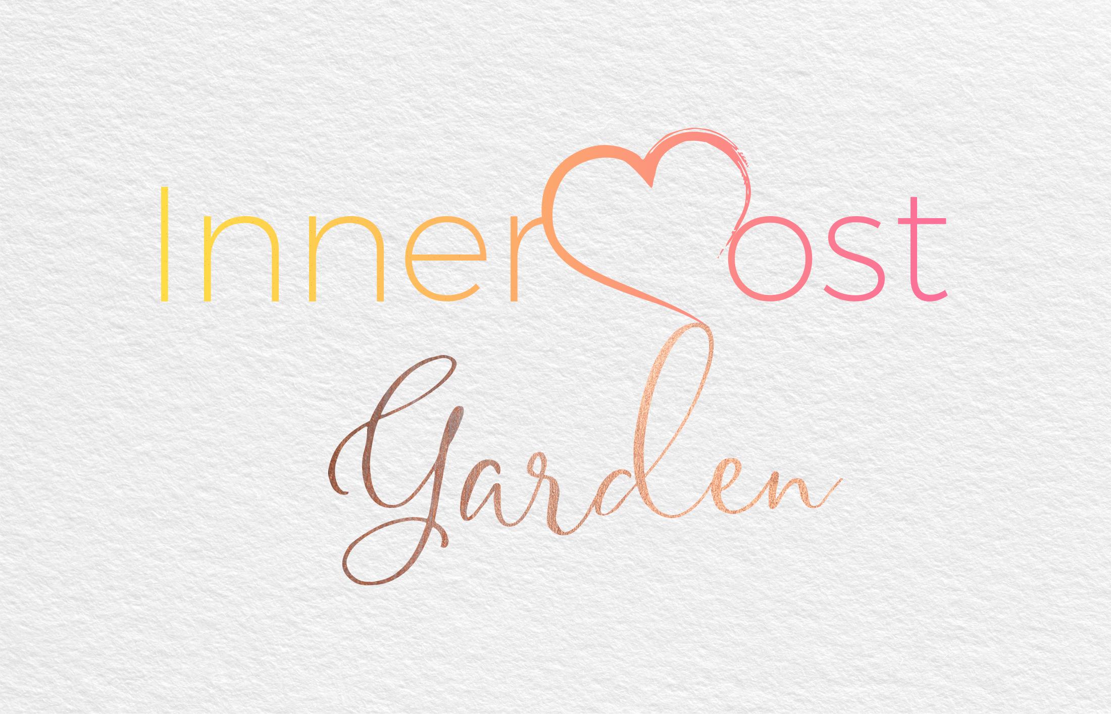 Logo Innermost garden coloré sur fond blanc effet papier (brandidng).